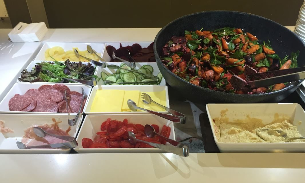 Review: A Brief Look at Qantas Domestic Business Lounge Brisbane