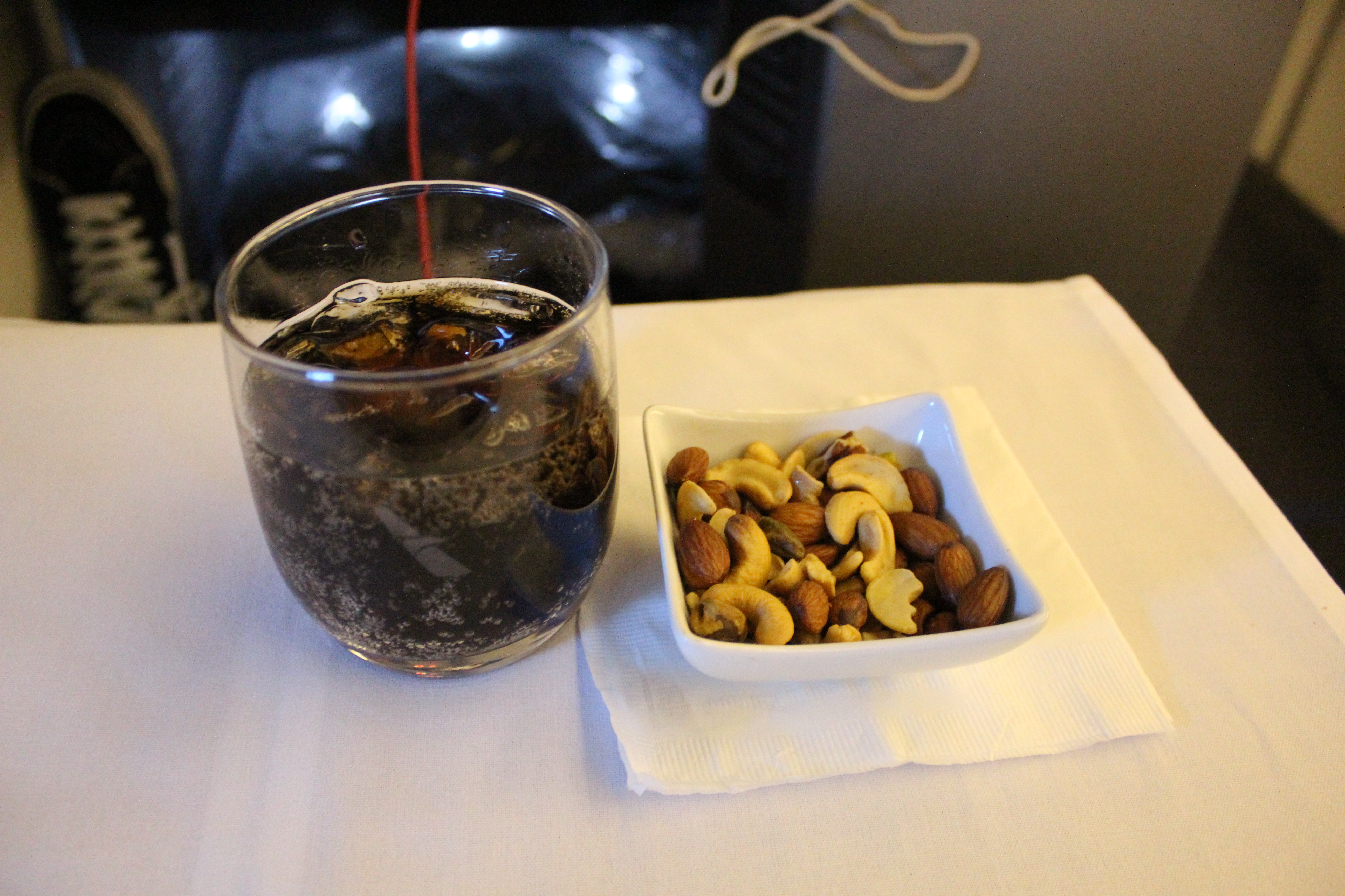 American Airlines 767 Business Class Coke and Warm Nuts