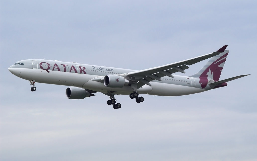'Cheating Husband' Qatar Flight Diverted After Wife Finds Evidence Aloft
