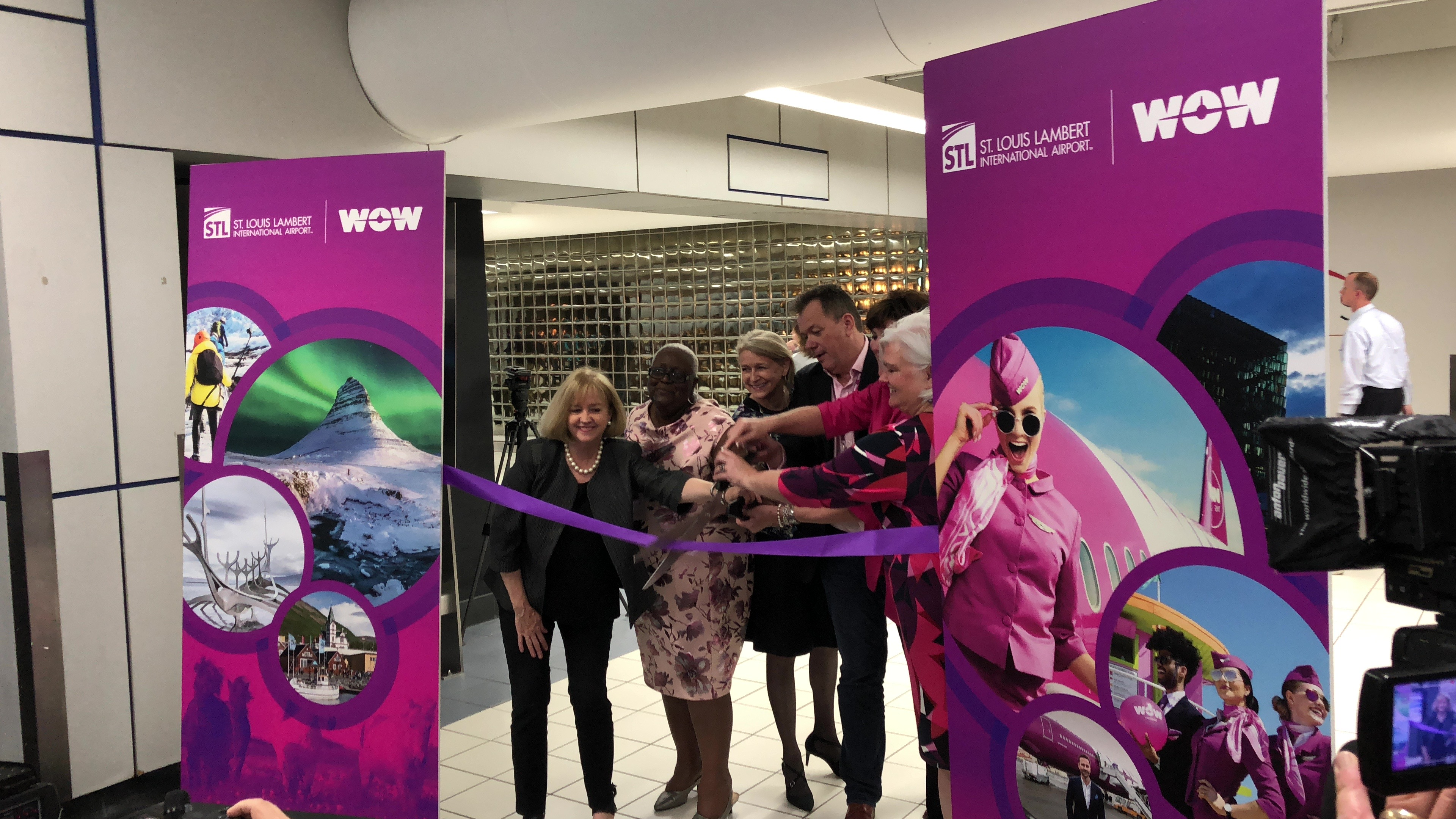 Airport Officials, Mayor Lyda Krewson, and WOWAir Ground Operations Director Steve Tarbuck Cut The Ribbon