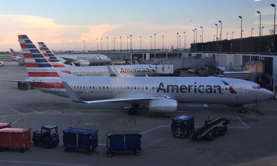 Review: American Airlines First Class dinner on DCA-ORD