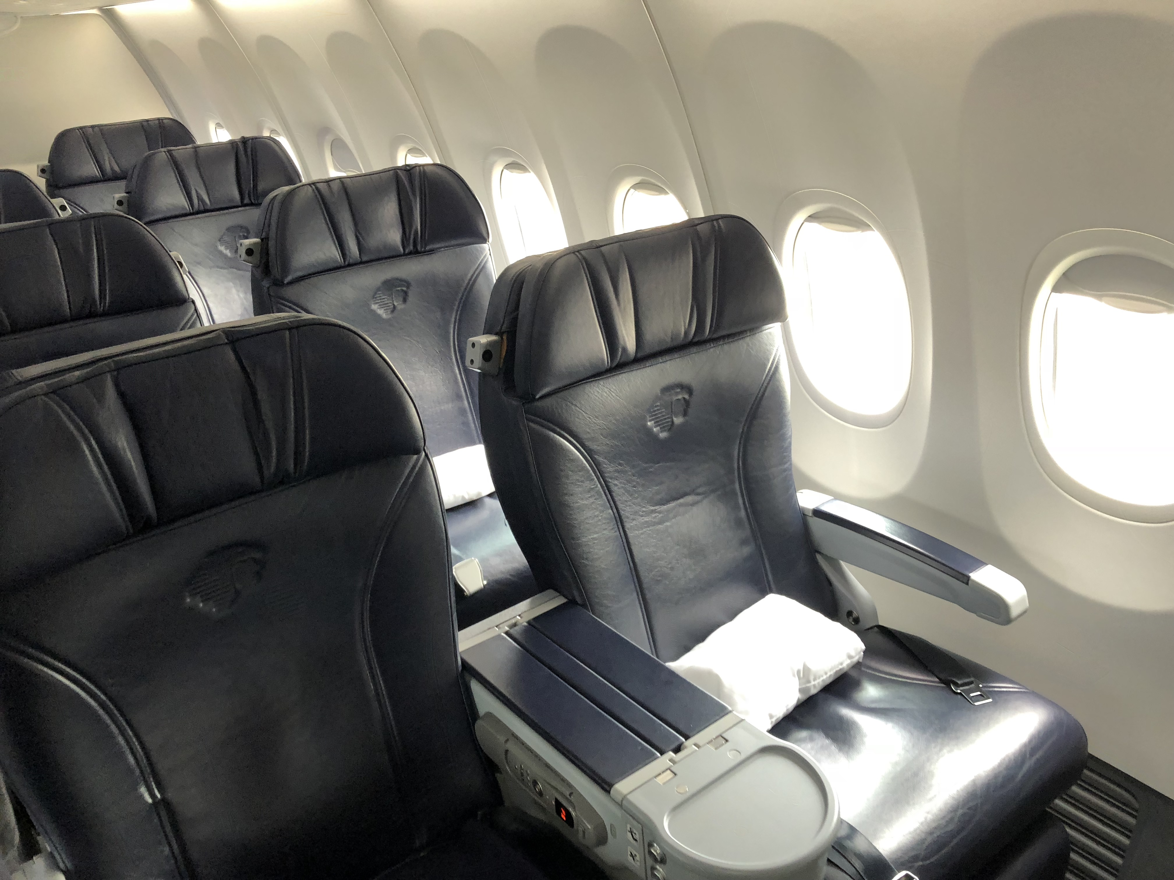 Aeromexico's comfortable Boeing 737-800 business class