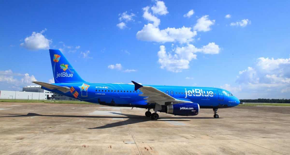 Pictures of the new JetBlue Puerto Rico special livery