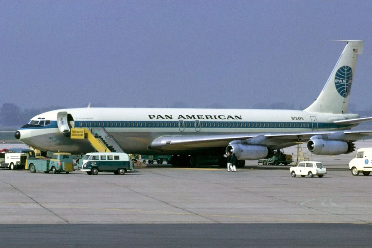 Does anyone remember the magnificent Boeing 707?