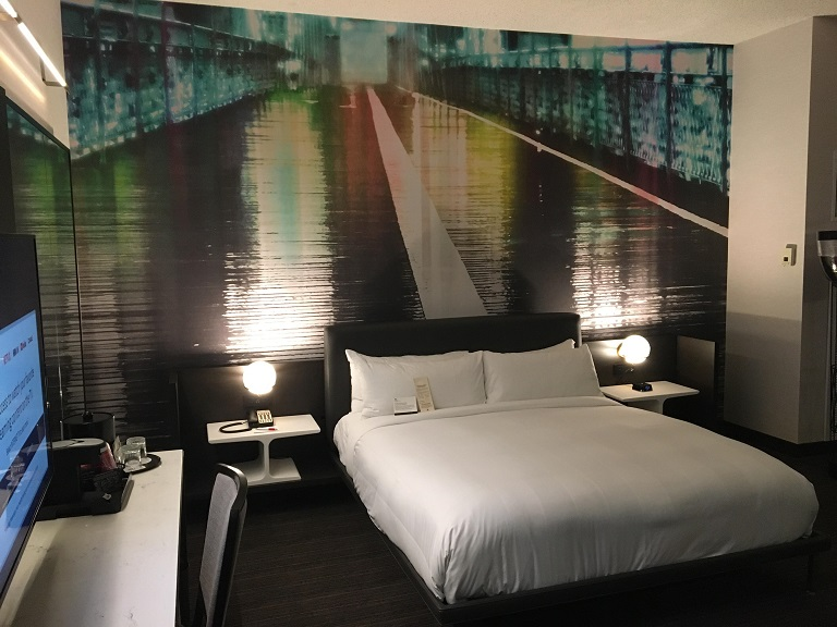 Hotel Review: New York Marriott at the Brooklyn Bridge