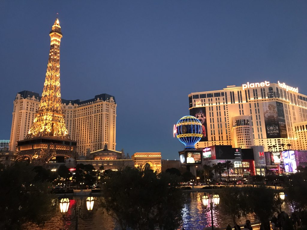 5 Free (or Cheap) Family-Friendly Things You Can Do in Vegas