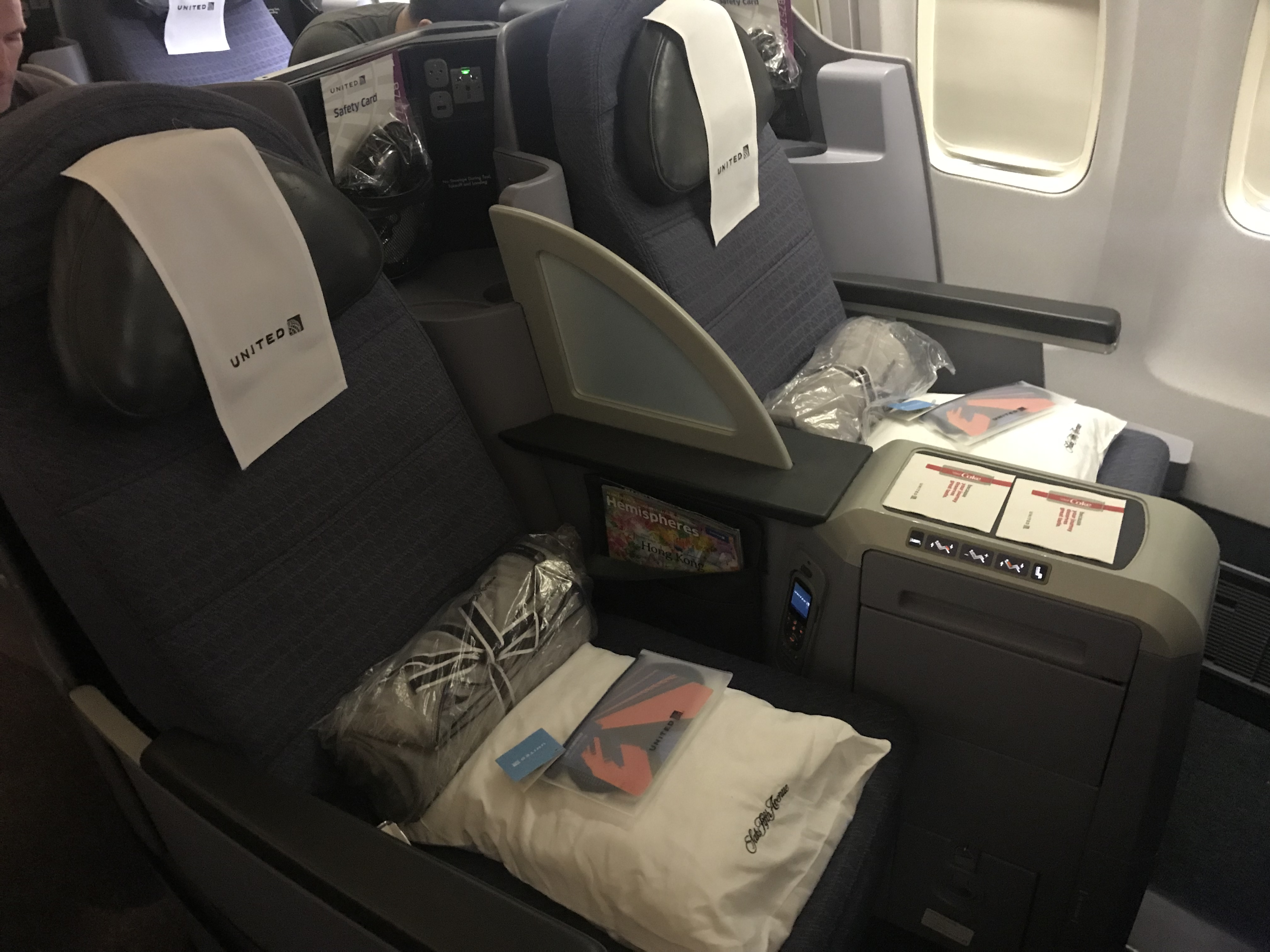 Review United 757 200 Transcontinental Business Class Travelupdate