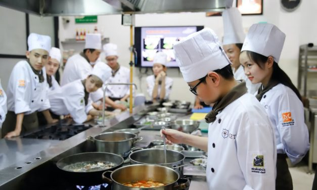 Peek Behind the Curtain: Hotel & Restaurant Management via Culinary School + Let's Chat about Travel!