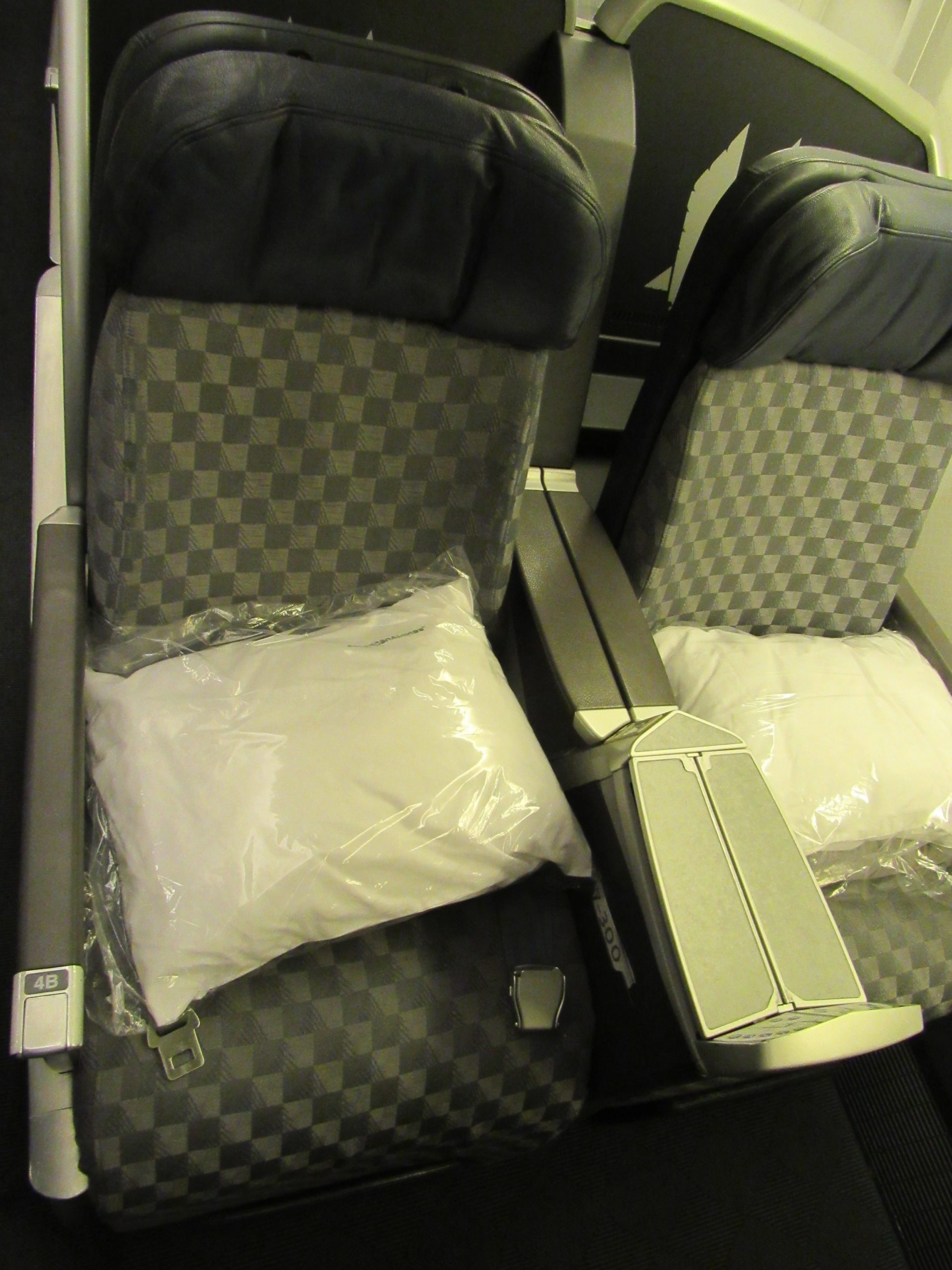Seat American Business Class from Hawaii