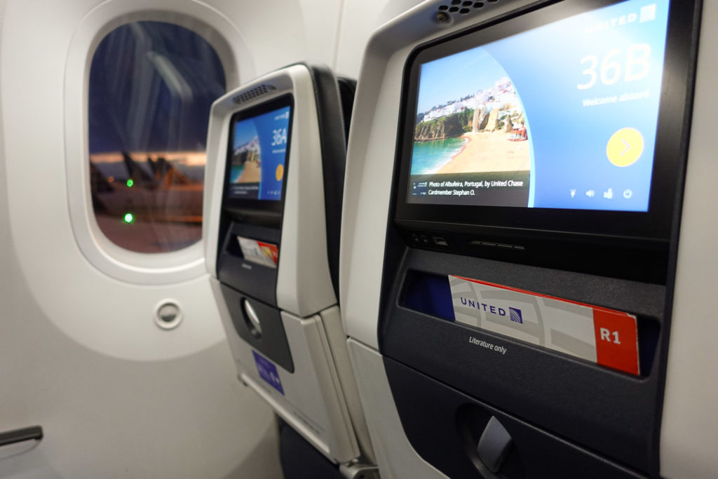 United Airlines Economy Class Window